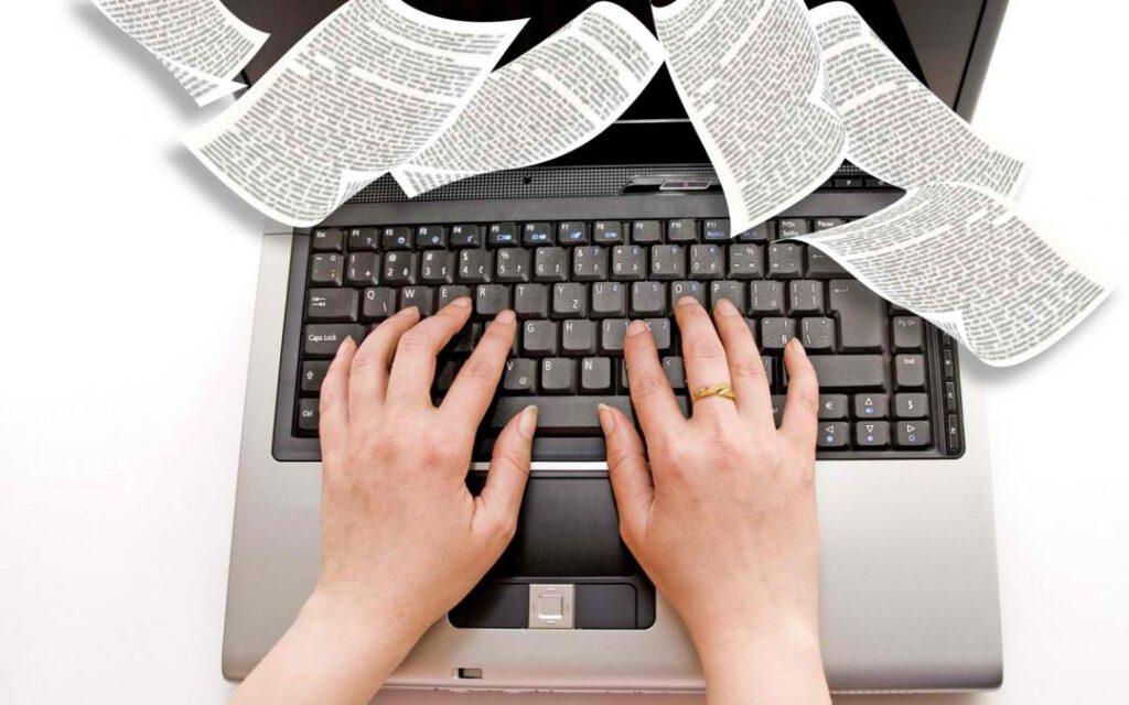 Làm cộng tác viên viết báo cũng là một nghề cho thu nhập ổn định