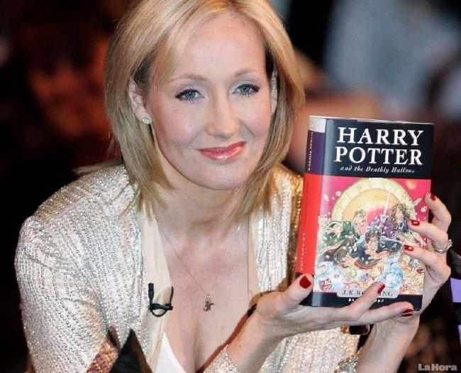 Câu chuyện làm giàu của J.K. Rowling cũng nhiều gian nan như nhân vật Harry Potter