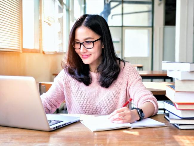 Trở thành giáo viên dạy ngoại ngữ online phù hợp cho những ai yêu thích ngoại ngữ
