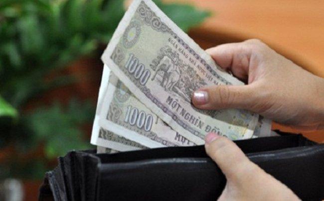 Chiêm bao thấy được cho tiền lẻ