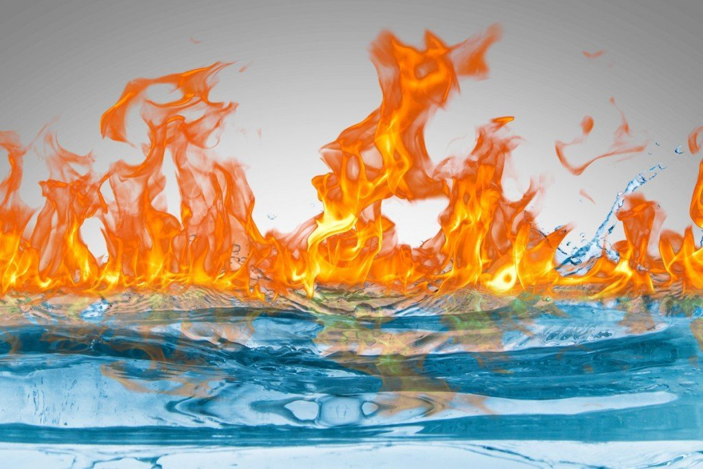 Nằm mơ thấy nước và lửa