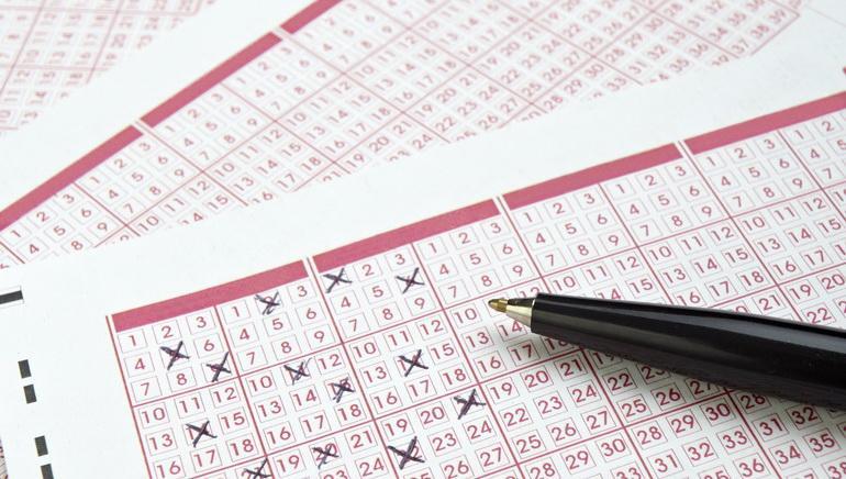 Bạn có thể căn cứ vào tình huống cụ thể trong giấc mơ để chọn con số may mắn cho mình