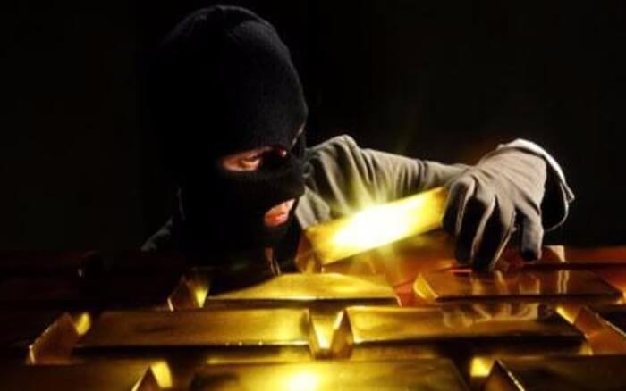 Đi ăn trộm vàng khi nằm mơ thấy vàng là điềm xấu