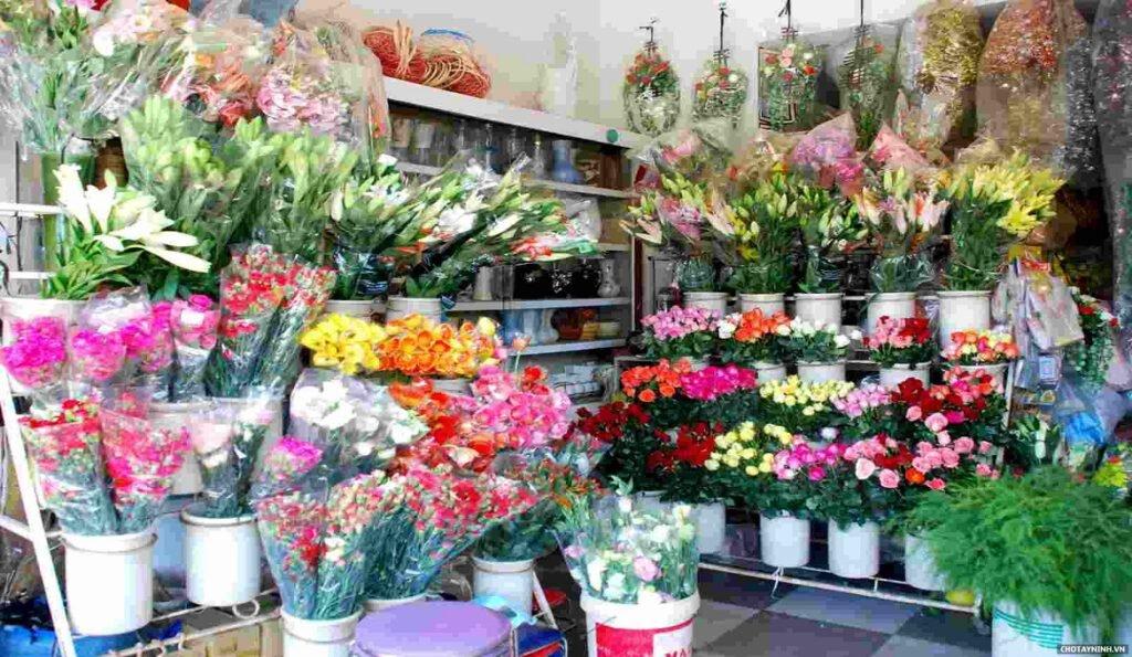 Mở cửa hàng hoa bạn nên cân nhắc