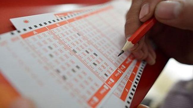 Tham gia chơi xổ số mỗi tuần để tăng xác suất trúng thưởng của bạn