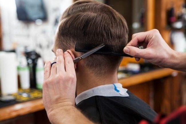Đàn ông mơ thấy cắt tóc thì sao?