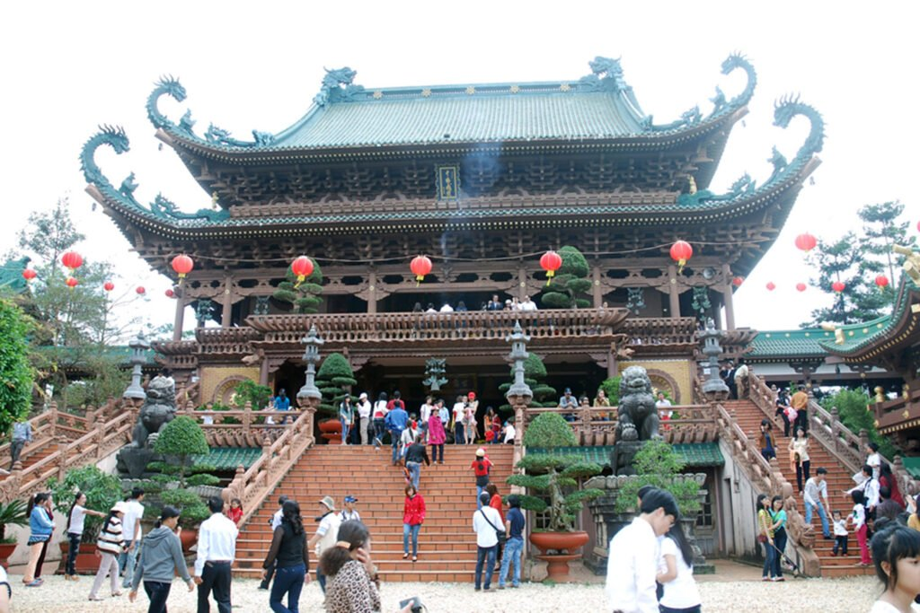 Ý nghĩa giấc mơ làm công đức cho nhà chùa