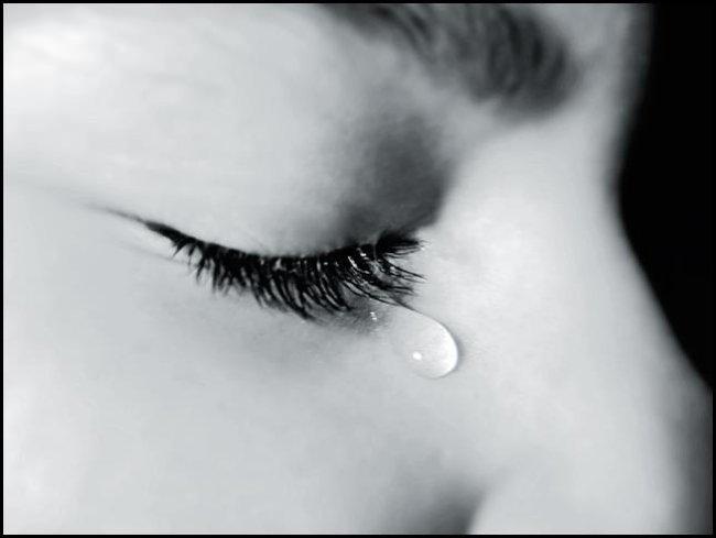 Ngủ mơ thấy mẹ chết và mình khóc lại là một điềm báo may mắn
