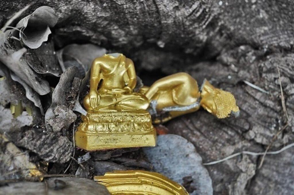 Nằm mơ thấy tượng Phật bị vỡ