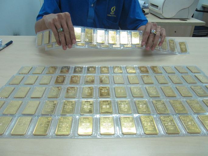 Giá vàng SJC tăng mạnh sau kỳ nghỉ Tết Dương lịch