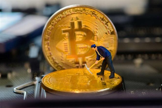 Bitcoin tăng vọt trong 24 giờ qua, đẩy loạt tiền ảo lên cao.